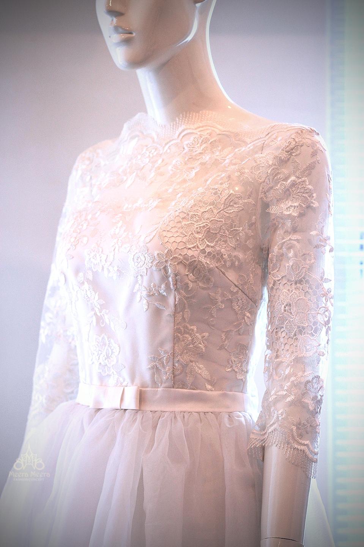May áo cưới đẹp tại Sài Gòn - Áo cưới tùng xoè nữ tính Mã KH1018