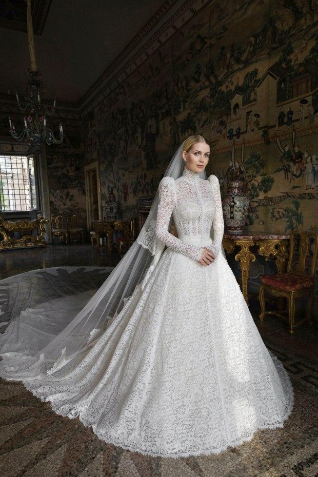 váy cưới công nương